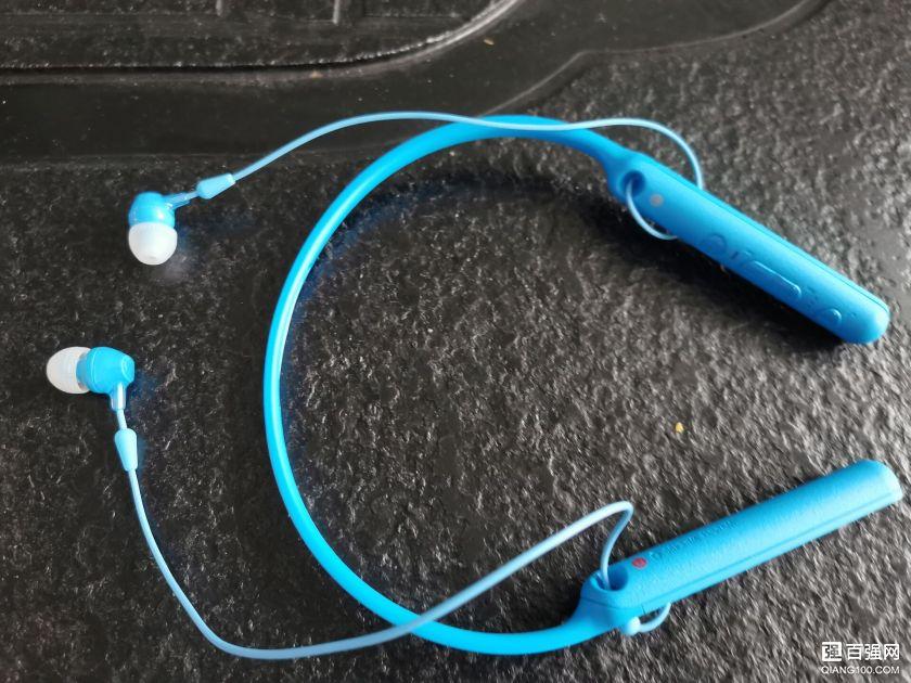 索尼 WI-C400蓝牙耳机 轻便实用的耳机