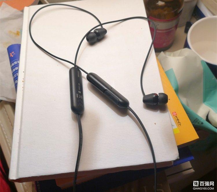 索尼WI-C200蓝牙耳机 不错的入门体验机