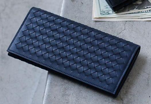 男士钱包怎么样?宝缇嘉( BV)120697 和土屋鞄制造所钱包那个好