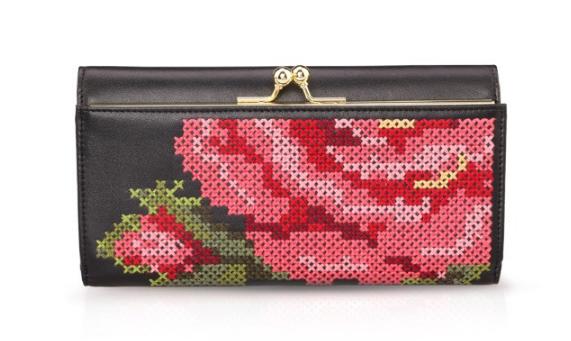 女士钱包什么牌子比较好?OMTO/欧曼芬时尚拉链钱包怎么样?
