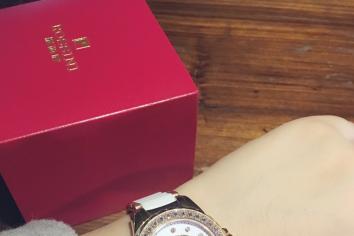 罗西尼手表怎么样?戴着有档次吗?