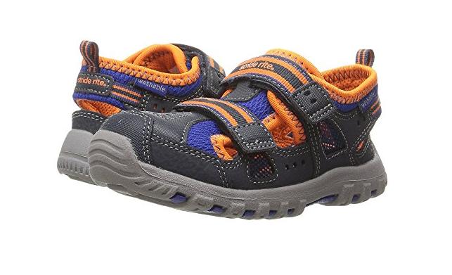 儿童童鞋男款式推荐?Stride Rite 喜健步儿童童鞋穿着舒适吗?