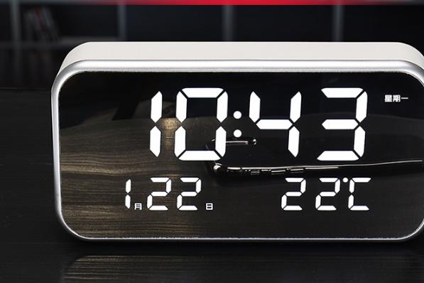 美国人床头的闹钟?TIMEX天美时T236闹钟怎么样?