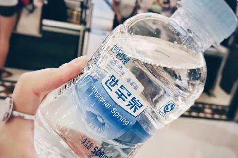 喝苏打水会变胖嘛? 世罕泉天然苏打水怎么样?