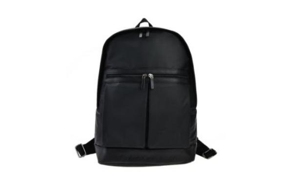 ck学生书包价格一般多少钱?ck的包包属于什么档次?