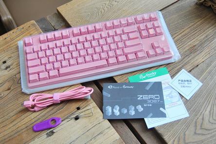 ducky机械键盘是哪国的?3087型号机械键盘性价比高吗?