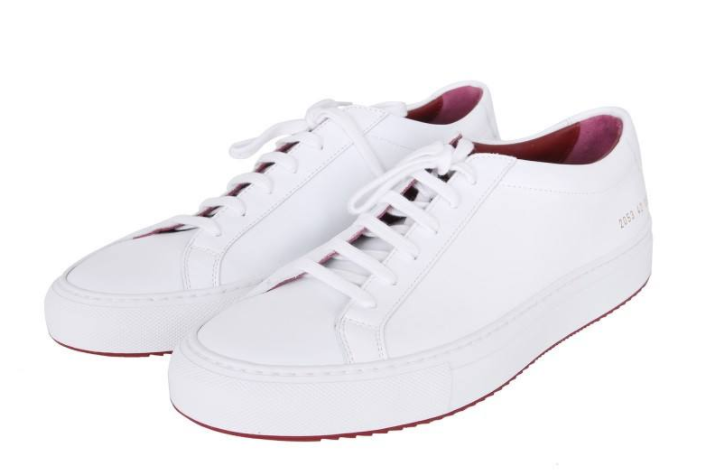 common projects小白鞋多少钱?百搭吗?