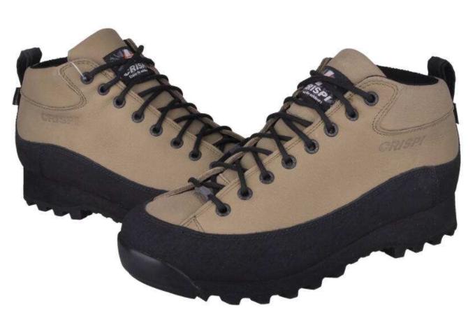 crispi户外鞋保暖吗?是哪国的牌子?