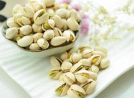 盘点过年值得买的好吃又便宜的零食. 唠嗑必备——坚果篇
