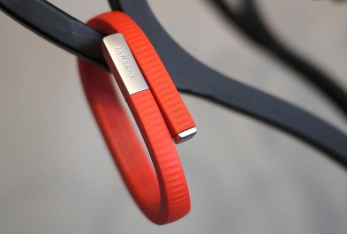 Jawbone up24智能手环如何?有什么功能?