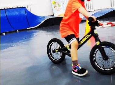 儿童平衡车什么特点?对孩子有什么好处?