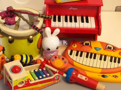 儿童学习机选择?火火兔和牛听听怎么样?