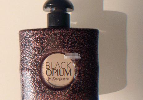 ysl黑鸦片是男香还是女香?好闻吗?