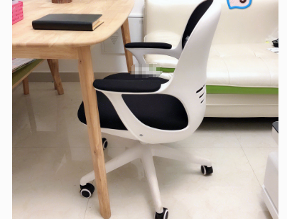黑白调蛋壳椅多少钱?黑白调蛋壳椅坐着舒适吗?