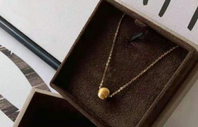 六福黄金项链款式?六福黄金项链适合小女生的?